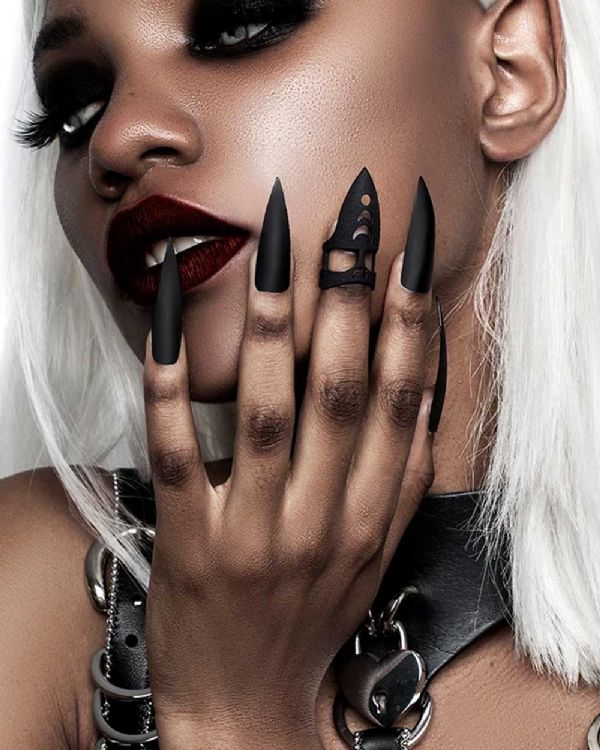 ROGUE + WOLF Pleasure Claw Gothic Black Midi Ring